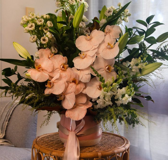 A Mano Florals Gifts